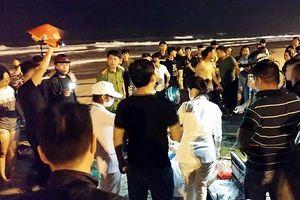 Đà Nẵng: Du khách Trung Quốc bị đuối nước vì tắm đêm, biển động, sóng lớn
