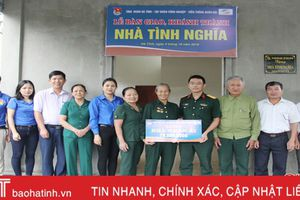 Viettel Hà Tĩnh hỗ trợ 70 triệu xây nhà cho cựu thanh niên xung phong