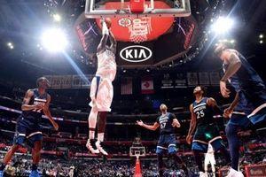 Chùm ảnh: LA Clippers 'nhổ nanh' Timberwolves tại Staples Center