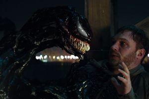 Review 'Venom': Nảy sinh 'tình cảm' cùng con người, kẻ kí sinh khát máu bỗng hoàn lương