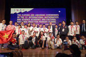 IMSO 2018: Đoàn học sinh Việt Nam xuất sắc với nhiều huy chương vàng