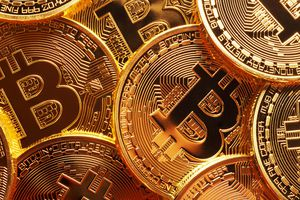 Bitcoin biến động mạnh