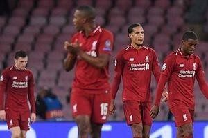 Liverpool gục ngã ở Napoli