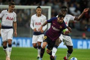 Tottenham 2-4 Barca: Ngày của Messi