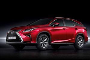 Lexus RX 7 chỗ ngồi có giá bán 4,09 tỷ đồng tại Việt Nam