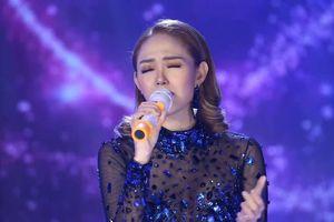 Minh Hằng hát live: Nốt cao chưa tới, nốt thấp chưa tròn