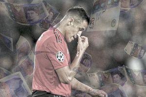 Từng giờ trôi qua, Alexis Sanchez lại giàu to và MU lại lụn bại