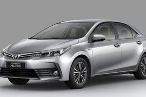 Corolla Altis mới giá gần 700 triệu đồng