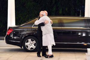 Bất chấp đe dọa của Mỹ, Nga - Ấn Độ ký thỏa thuận mua vũ khí 5 tỉ USD