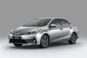 Thêm tính năng, giá bán Toyota Corolla Altis 2018 vừa ra mắt tại Việt Nam có biến động?