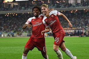Europa League đêm qua: Arsenal 'chào hàng' ấn tượng; Chelsea thắng nhờ 'bom xịt'