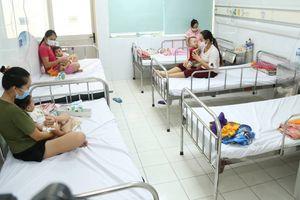 Kiến nghị tiêm phòng sởi cho trẻ sớm hơn quy định