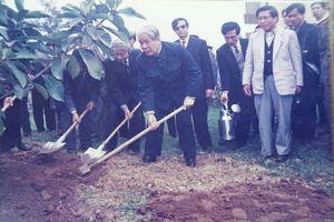 Những hình ảnh nguyên Tổng Bí thư Đỗ Mười tại quê nhà Đông Mỹ