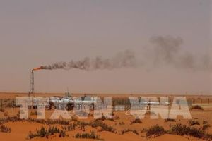 Giá dầu thế giới giảm khá mạnh ngày 4/10