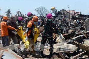 Còn hơn 1.000 người mất tích trong vụ động đất, sóng thần ở Indonesia