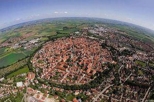 Những bức ảnh chụp ở các địa danh nổi tiếng giúp thay đổi cách nhìn của bạn về thế giới
