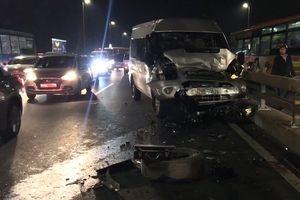 Bị tông chết khi sửa xe trên cầu Nhật Tân: Bài học nhãn tiền cho tài xế