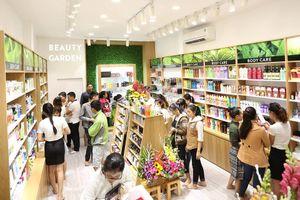 Mỹ phẩm của Beauty Garden không có tem nhãn phụ, mập mờ về nguồn gốc xuất xứ