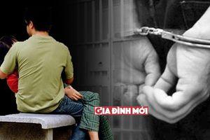 14 tuổi đồng ý làm chuyện 'người lớn' khiến người yêu ngồi tù: Lỗi tại ai?
