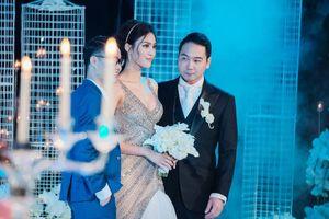 Dàn sao Việt xúng xính tham dự đám cưới Lan Khuê và thiếu gia họ Nguyễn
