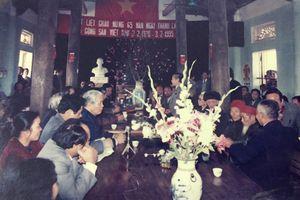 Hình ảnh giản dị của nguyên Tổng Bí thư Đỗ Mười trong những lần về thăm quê