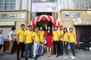 Gần 200 người tham gia hiến máu tại Thời báo Kinh tế Sài Gòn