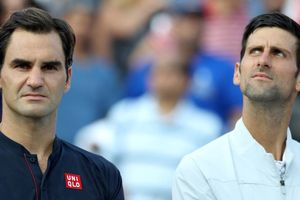 Cha đẻ Djokovic chỉ trích Federer là 'kẻ tiểu nhân'