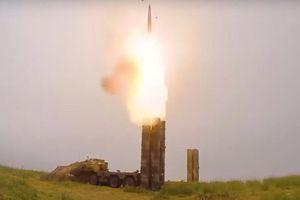 Mua 5 tỷ USD vũ khí Nga, Ấn Độ khiến Mỹ tiến thoái lưỡng nan