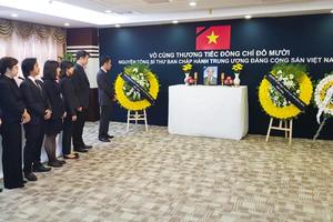 Lễ viếng nguyên Tổng Bí thư Đỗ Mười tại Thượng Hải