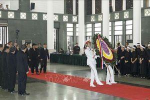 Nhiều đoàn Đại biểu quốc tế đến viếng nguyên Tổng Bí thư Đỗ Mười