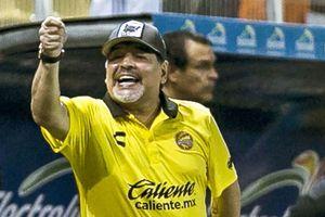 Thành công cùng CLB mới, Maradora trượt dài trên cỏ Mexico