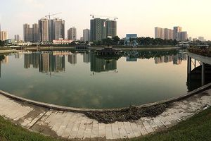 Hồ điều hòa công viên trăm tỷ mới khánh thành đã nổi váng, bốc mùi