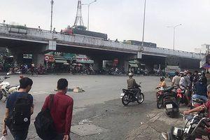 TP.HCM: Va chạm với xe tải, 2 mẹ con tử vong