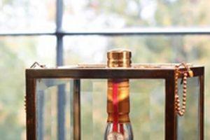 Chai rượu Macallan Valerio Adami 'độc' cỡ nào khiến đại gia châu Á chi 25 tỷ để sở hữu?