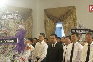 Clip: TP.HCM tổ chức trang trọng lễ viếng cố Tổng Bí thư Đỗ Mười