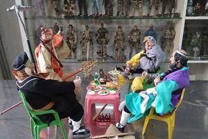 Lác mắt vì bộ sưu tập mini figure với hơn 200 nhân vật trị giá hơn 1 tỷ đồng của teen Việt