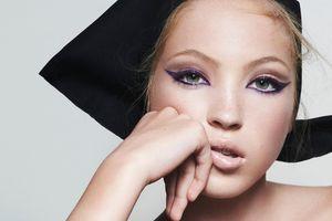 Ngỡ ngàng trước nhan sắc đẹp tựa thiên thần của con gái cựu siêu mẫu Kate Moss