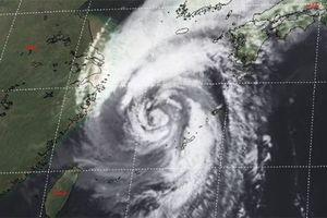 Phía Nam Nhật Bản bão Kong-rey hoành hành khiến 10 người bị thương
