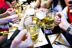 Đột xuất kiểm tra công chức uống rượu bia trong giờ làm việc