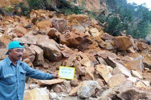 Đường đèo tuyến Nha Trang - Đà Lạt sạt lở hơn 1000m3