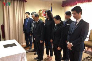 Đại sứ quán Việt Nam tại Chile mở sổ tang nguyên Tổng Bí thư Đỗ Mười