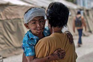 Xót xa ánh mắt trẻ thơ ở vùng thảm họa động đất sóng thần Indonesia