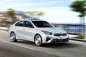 Soi chi tiết sedan Kia K3 GT mới, giá từ 398 triệu đồng