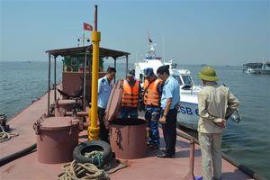 Hải quan, Cảnh sát biển điều tra làm rõ vụ tàu chở khoảng 100.000 lít dầu ở vùng biển Đông Bắc
