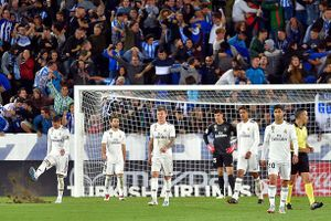 Real Madrid khủng hoảng, vì đâu nên nỗi?