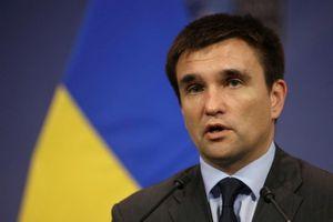 Ngoại trưởng Ukraine đe trừng phạt người dân mang thêm quốc tịch Nga