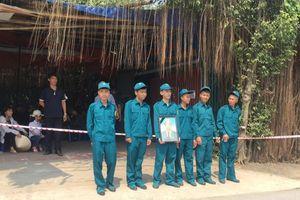 Người dân xúc động tiễn biệt cố Tổng Bí thư Đỗ Mười tại quê nhà
