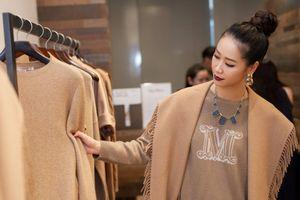 Hoa hậu Dương Thùy Linh đẹp hiện đại trong gam màu cổ điển