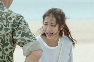 'Hậu duệ mặt trời' tập 7 - 8: Bị Duy Kiên dọa đang đứng trên bãi mìn, Hoài Phương bật khóc