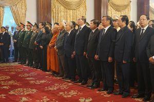 Người dân TP Hồ Chí Minh xúc động tiễn biệt nguyên Tổng Bí thư Đỗ Mười